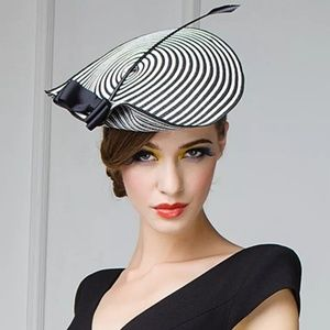 Accessories - 🆕️striped round bow feather fascinator